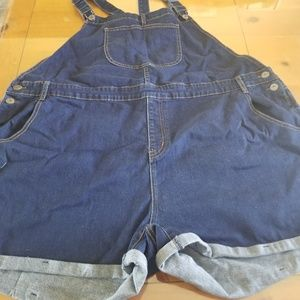 Modcloth overall shorts size 3x